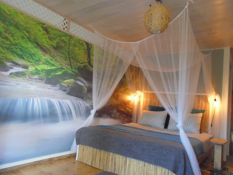Tahora Room